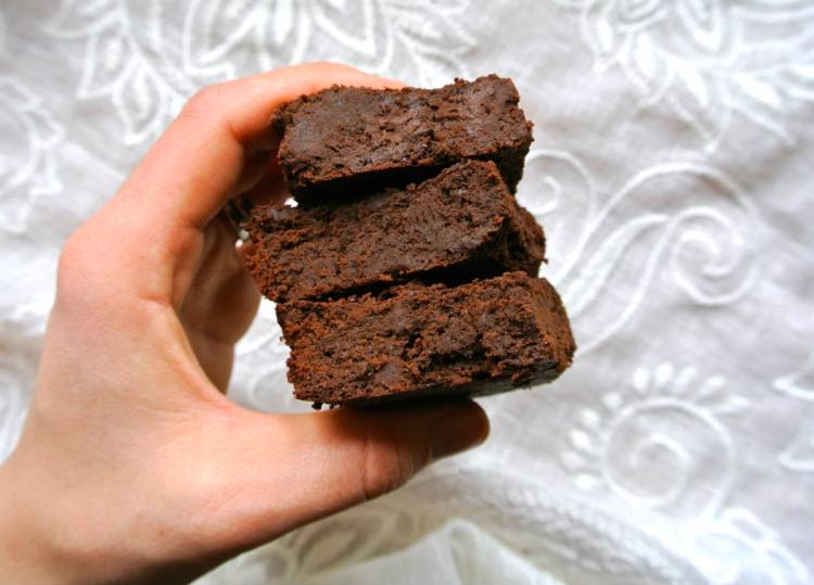 flourless-chocolate-brownies-2